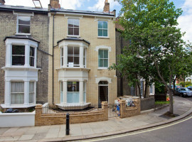 4 bedroom House, 6 Dorville Crescent, W6 0HH